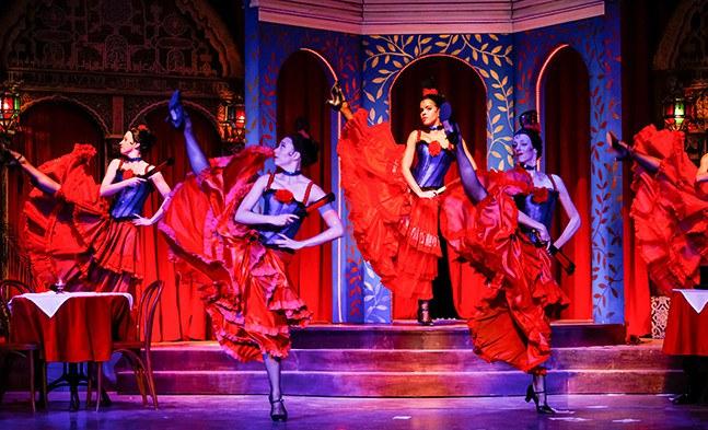 Erotik pur in der Alhambra (Ballett der Bühne Baden).