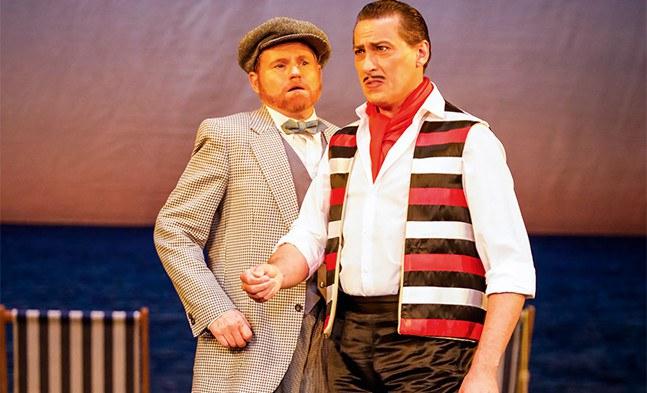 Hüte dich vor der Eifersucht eines Neapolitaners (Thomas Malik und Artur Ortens)!