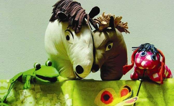 """Die Märchenbühne Apfelbaum inszeniert """"Das kleine Ich bin Ich"""" als lustiges Figurenspiel für Kinder ab 3 Jahren. Matinee für die kleinsten Besucher an der Bühne Baden. © Stephanie Troehler"""