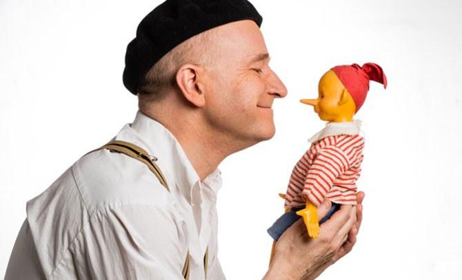 Musical-Star Gernot Kranner erzählt die Geschichte von Pinocchio – für große und kleine Kinder ab 4! Eine musikalische Entdeckungsreise als Sonntags-Matinee.   © Bühne Baden