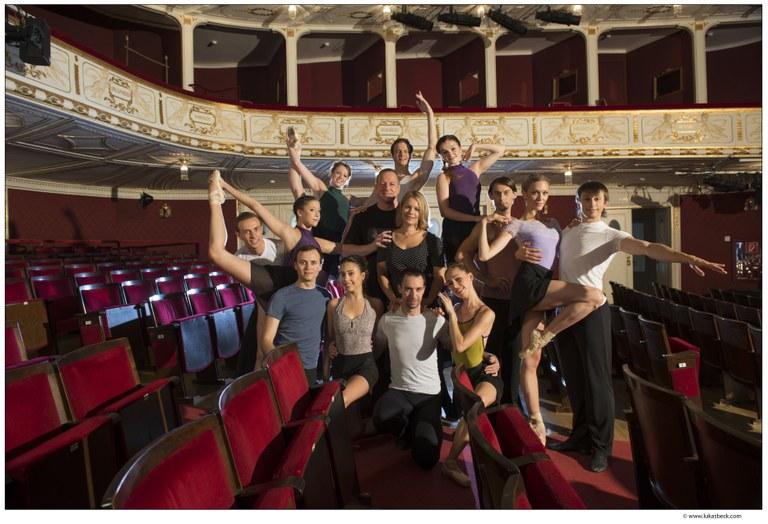 In einer Ballett-Gala zeigt das Ballett der Bühne Baden – unter der Leitung von Michael Kropf – Highlights der Tanzkunst. © Bühne Baden