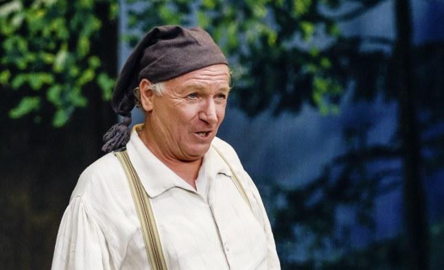 Der redliche Zipfelbauer: Hans-Günther Müller (Matthias Scheichelroither)
